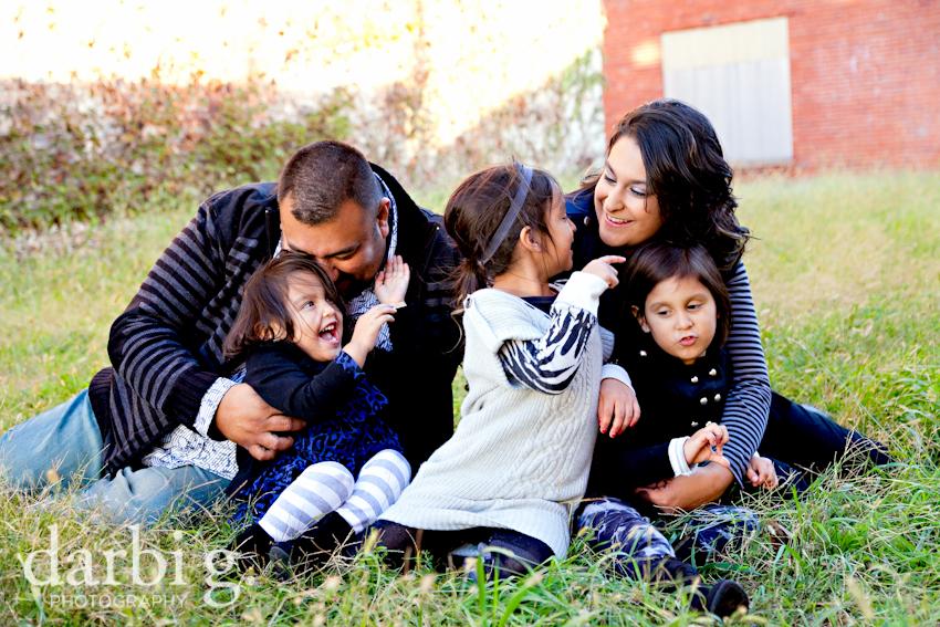 blog-Kansas City family child kids photographer-DarbiGPhotography-Rfam-2010-209