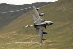 knife edge (Dafydd RJ Phillips) Tags: za369 marham raf force air royal gr4 tornado panavia aviation military combat loop mach