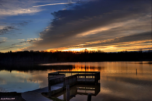 Sunrise Thom-a-Lex Lake Park