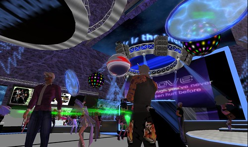 party people at dance island