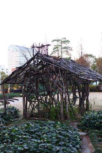 掘建て小屋