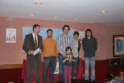 Oscar de la Riva recull el premi...