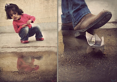 (Bahareh Bisheh) Tags: ه بهار ب بازي صورتي ر قايق رويا آ دخترانه آدمها كودكانه