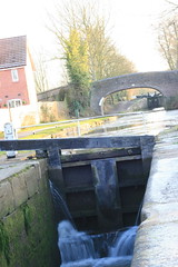 IMG_8038 (Peter Black2007) Tags: ice atherstone coventrycanal