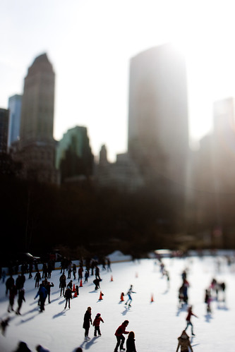 NYC:Midtown: Central Park Ice Skating