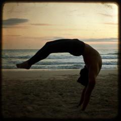 Control (MaryDeutsch) Tags: sunset sol major capoeira control mayor maria fake playa puesta pino mallorca cala platja baleares alemany equilibrio ttv marydeutsch