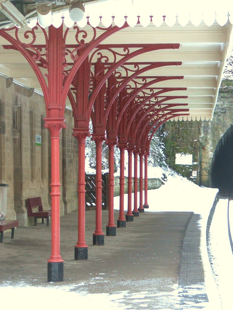 Columns and canopy, Cromford railway station