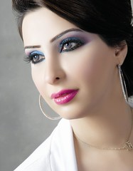 -   abir-  television presenter - kuwait (warba1976) Tags: television tv kuwait presenter