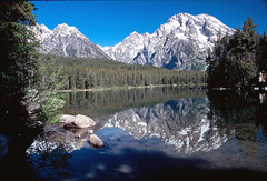 Leigh Lake Reflection (Ray and Anne) Tags: travel mountains reflection nature landscape outdoors nationalpark scenery searchthebest wyoming mountmoran grandtetons teton jacksonhole grandtetonnationalpark gtnp bej leighlake