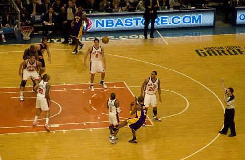 37/365. Knicks vs. Lakers