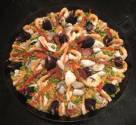 "... vancouver: Fideuá (Spanish Seafood Noodle ""Paella"")... and Paella"