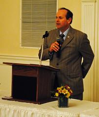 Dr Bob Exley, accepts Mathison Award 01