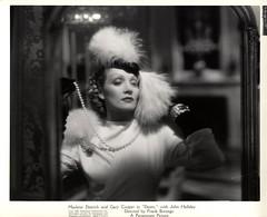 6008-0001 (AliceJapan  ) Tags: 1936 marlene desire dietrich paramount marlenedietrich paramountpictures