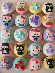 Hello Kitty & Friends ( gabby cupcakes by Gabriela Cacheux) Tags: pink cute cakes cupcakes hellokitty sanrio kawaii chococat fondat applepanda gabbycupcakes