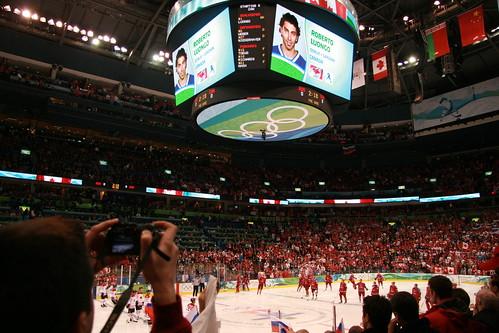 2010-02-24 Canada vs Russia 020