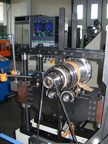 equilibratura di un rotore di motore da 220cv e di peso superiore ai 380Kg.
