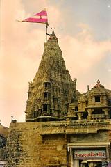 Dwarka Temple (GOPAN G. NAIR [ GOPS Photography ]) Tags: temple gujrat dwarka dwaraka gops gopan gopsorg gopangnair