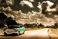 broken down - need help (flamed) Tags: travel vintage classiccar country cuba roadtrip 1950s cinematic pinardelrio