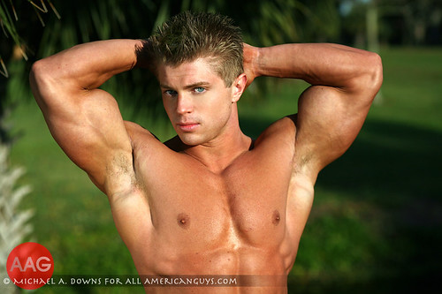 Shane Giese American male model shirtless picture