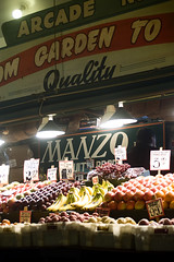 Quality (Ms Christine) Tags: seattle fruit garden washington yummy farmersmarket market quality arcade fresh bananas grapes apples produce pikeplacemarket pikeplace selling