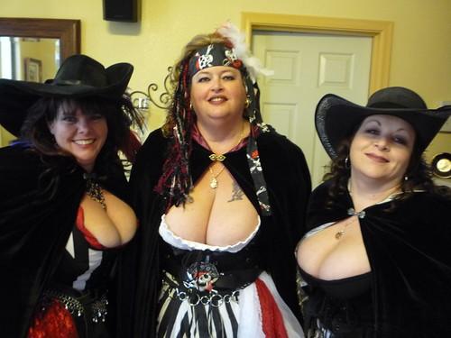 great big tits boobs games pics: bigboobs