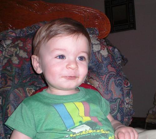 Ethan eating 03 15 10 (Medium)