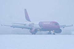 HA-LPM - 3177 - Wizzair - Airbus A320-232 - Luton - 091223 - Steven Gray - IMG_5868