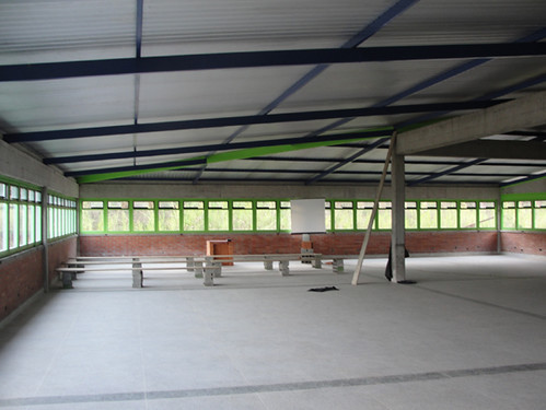 Salón de clases habilitado por los estudiantes de la EMA