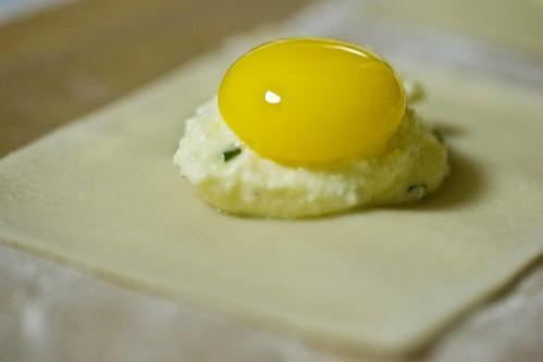 quail yolk