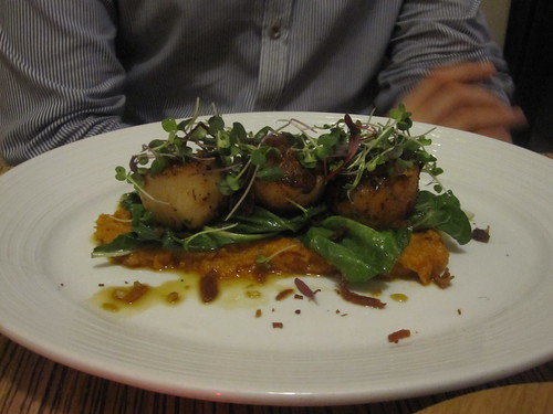 Éric's scallops and mashed sweet potatoes