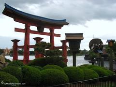 IMG_1605-WDW-EPCOT-Japan-Torii-gate
