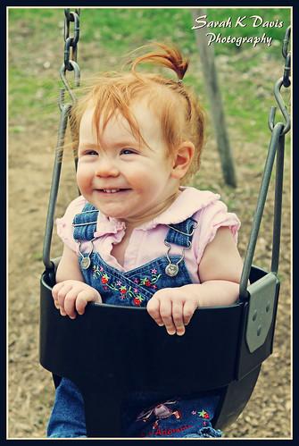 Kloie swinging