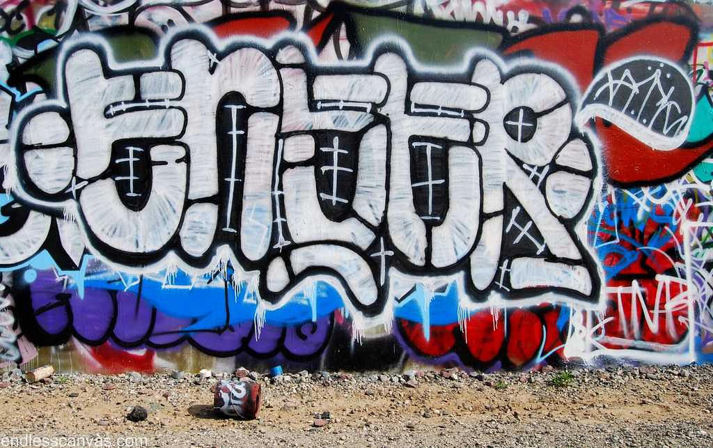 Eneer Graffiti Bomb in the Placentia Orange County Yards.