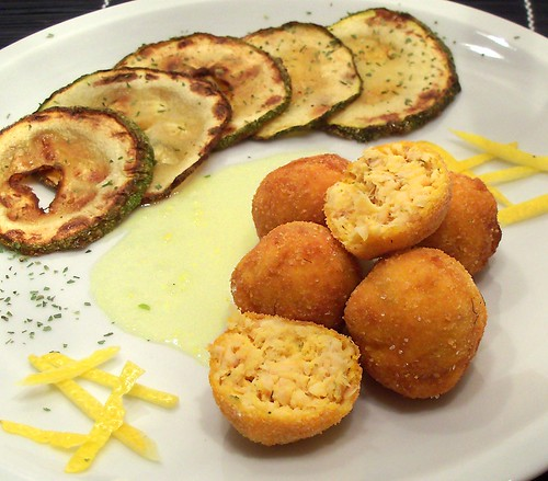 Polpette di trota con crema agrodolce di limone e cedro
