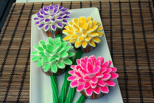 Mother's Day Flower Cupcakes