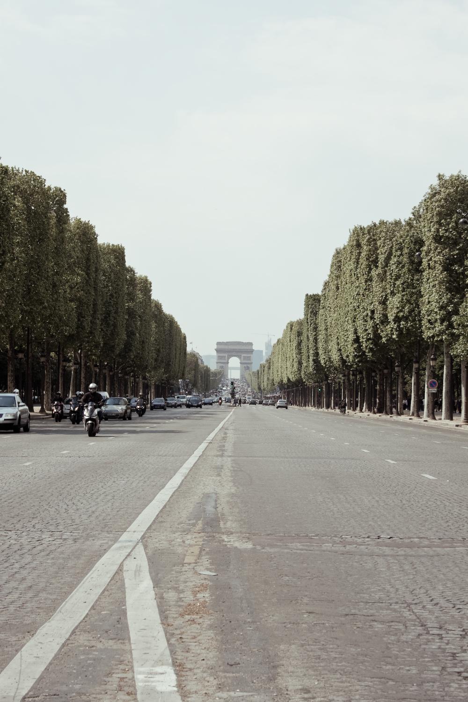 Les Champs Élysées
