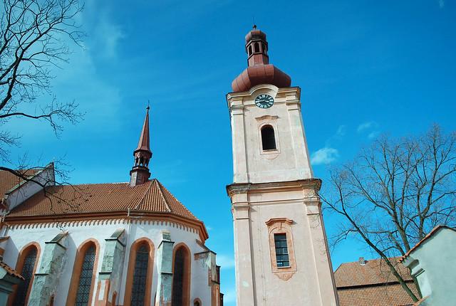 庫倫諾夫 to 瑪麗安司凱:到處都有特別的建築!