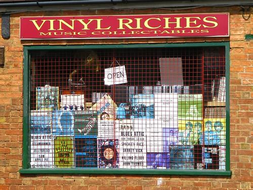 vinyl riches