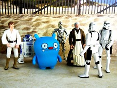 "Obi Wan: ""These are not the droids you're looking for."" (tomo_moko) Tags: 2 starwars stormtroopers r2d2 stormtrooper series lukeskywalker uglydoll bigtoe c3po uglydolls obiwankenobi droids starwarsday may25 thesearentthedroidswerelookingfor stormtrooperlegionofmerit"