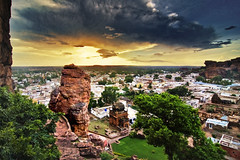 Badami Town Pre Monsoon Stormy (Anoop Negi) Tags: badami karnataka india caves rock cut sandstone red canyon vatapi chalukya myth religious cave epic fable tale religion m