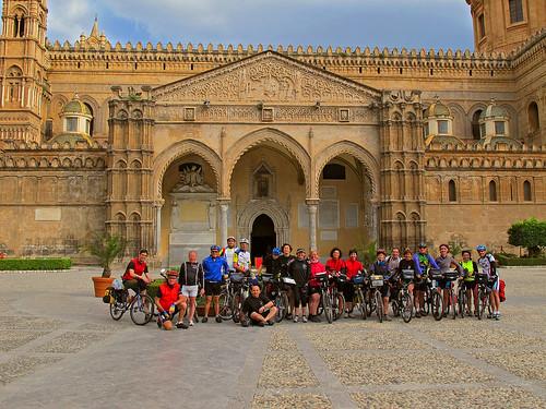Cattedrale di Palermo: gruppone in partenza!