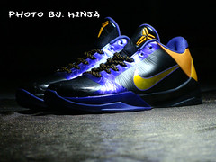 Kobe ANKLE braker LAKERS