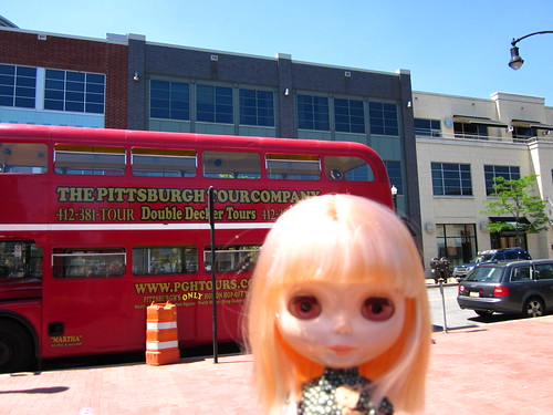 Lemon and the Pittsburgh Tour Bus.