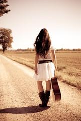 La vita  un viaggio (L e t i) Tags: paola trasognoerealt versolorizzonte