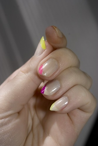 Nails did: 00/06/10, left hand