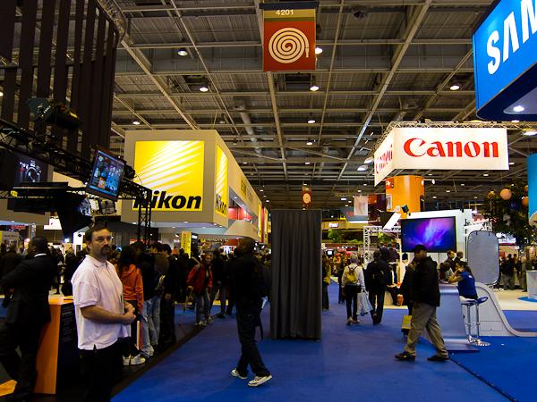 Nikon vs Canon, comme à chaque année