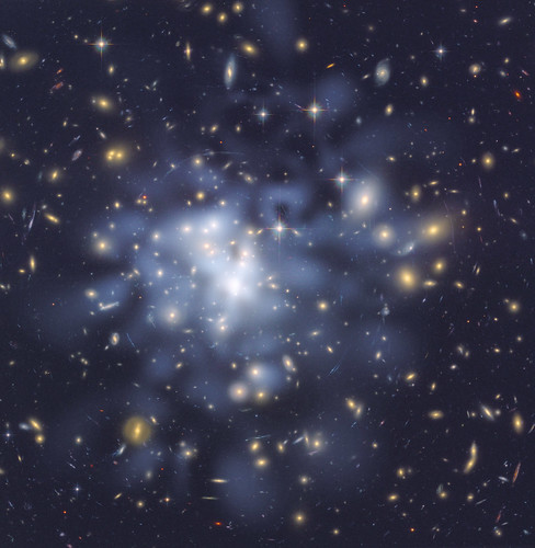 Mapping the Invisible - Hubble Yields Clues to Galaxy Cluster Growth