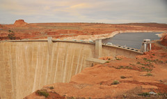 """Glen Canyon Dam Head (Vee living life to the full) Tags: nevada utah arizona distance layers limestone sandstone water evaporation disintegration weathering leger erosion roads route american vehicle rocks rock cliff sheer drop threat danger police mountains skyline horizon sitting geology sedimentary compression uplift wild road formation sky blue monuments valley death usa nationalpark zion pine trees nikond300 2017 holiday travel tourism tourist placestovisit traveller pleasure california leisure clouds dry hot haze walking driving temperature 80degreesplus brycecanyon grandcanyon monumentvalley """"historicalmonuments"""" glen canyon dam"""