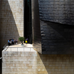 looking for shade (@mmanni) Tags: guggenheim museum bilbao spain spanien
