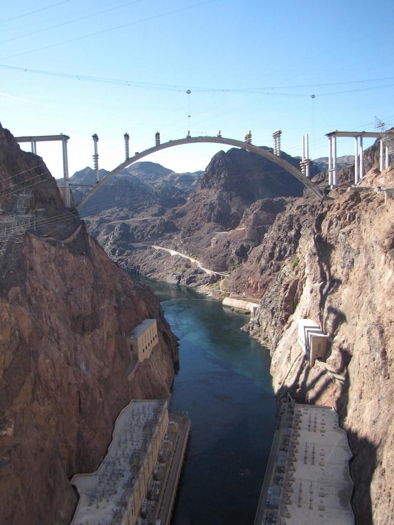 Pont sur le grand canyon 4175402670_dd223b6003_b